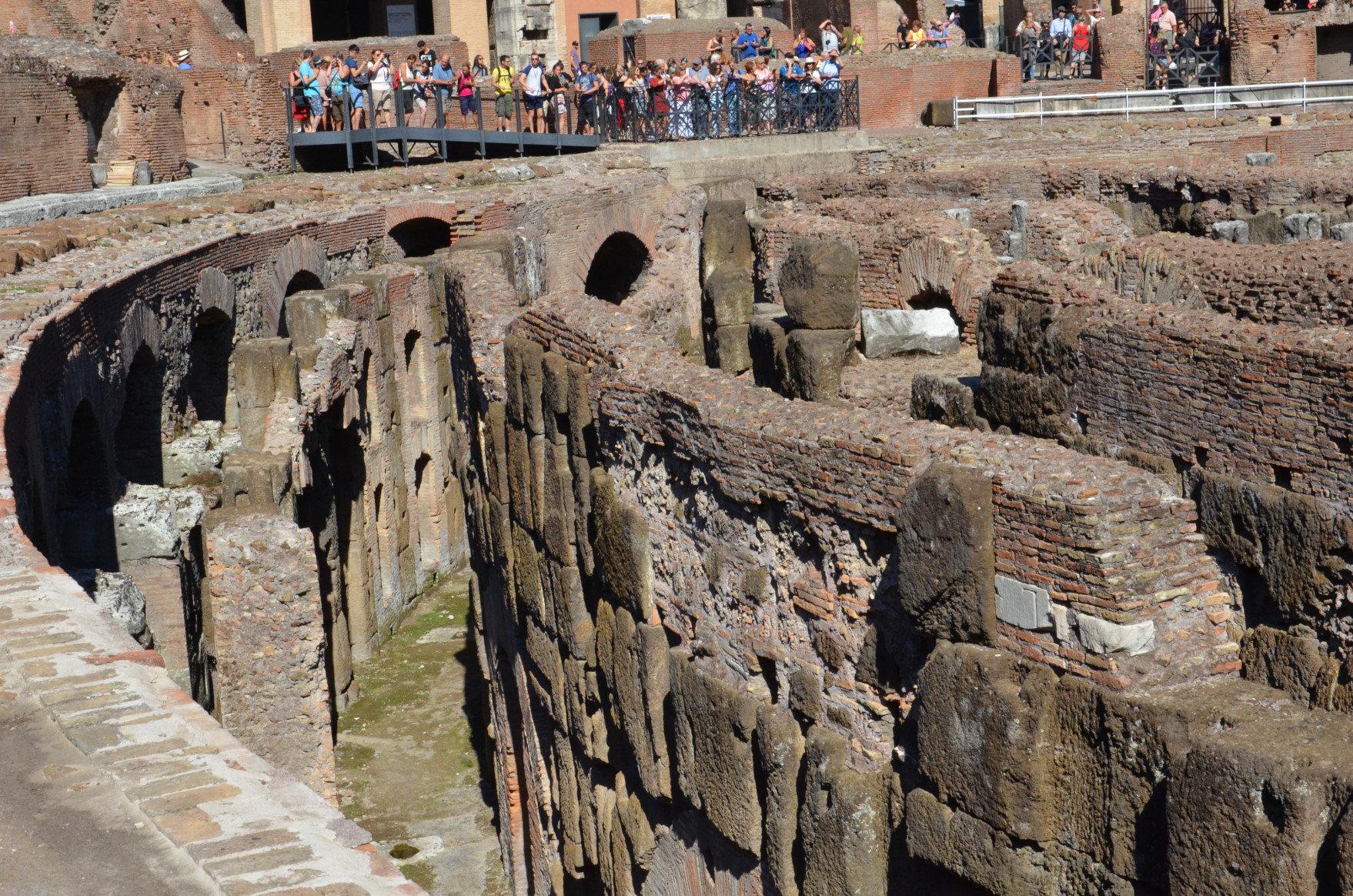 Bir Günde Roma - Kolezyum'un yer altı pasajları (2)